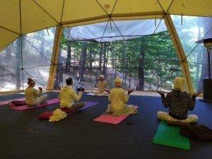 Retiro de kundalini yoga, alimentación consciente y sonido