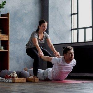 En qué consiste y qué es la yogaterapia